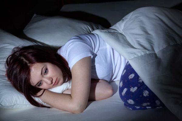 بی خوابی در زنان؛ علل، علائم و درمان بی خوابی در زنان