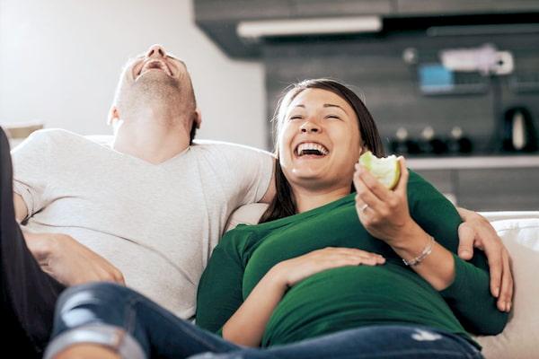 خنده در دوران بارداری