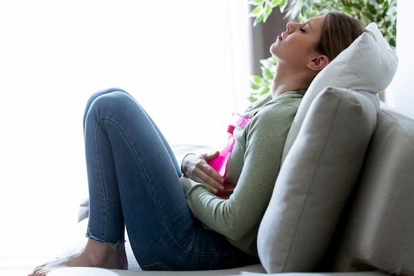 از بین بردن سنگ کیسه صفرا با ساده ترین درمان خانگی