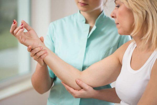 دردهای ناتوان کننده آرنج