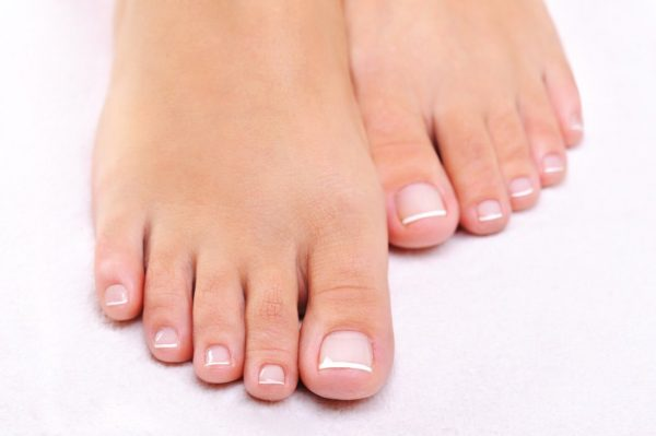 انواع بدشکلی انگشتان پا به همراه درمان آن