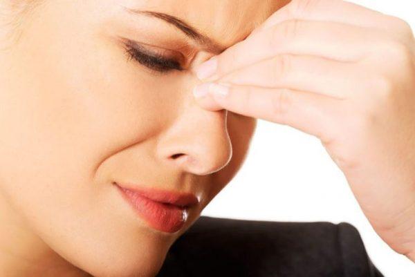 علائم سینوزیت چیست و چگونه میتوان آن را درمان کرد؟