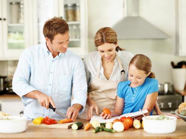 تغذیه درمانی و مشاوره تغذیه