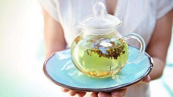 چای سبز چیست؟ فواید، عوارض، نحوه دم کردن آن