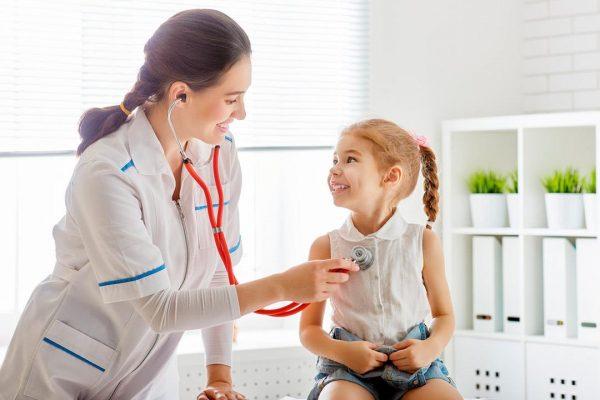بیماری های تنفسی و آسم کودکان؛ جلوگیری از حملات و درمان آسم