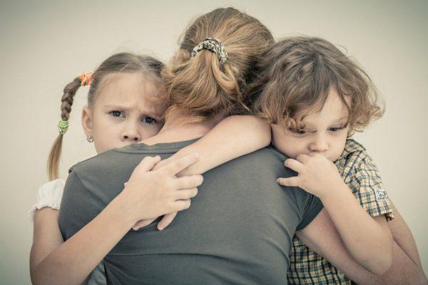 اختلال اضطراب در کودکان؛ علل، علائم و راه های تشخیص و درمان