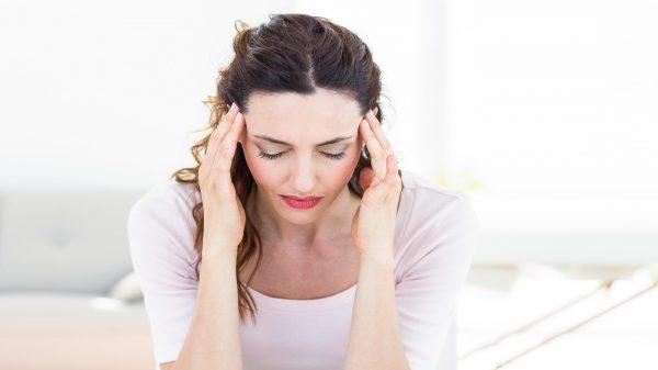 بیماری بهجت چیست؟ + عوارض، علائم و درمان