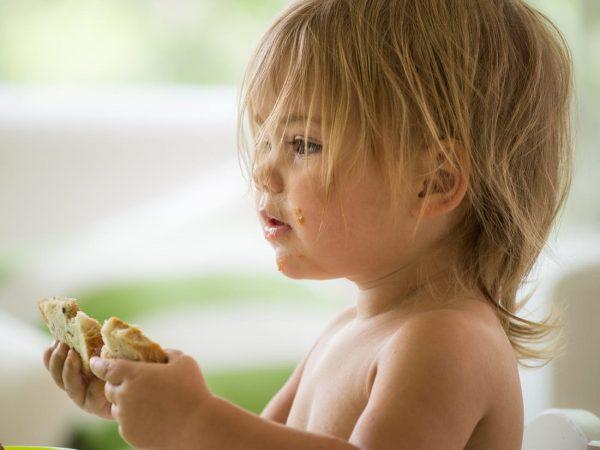 6 راه طبیعی برای کاهش حساسیت به بادام زمینی