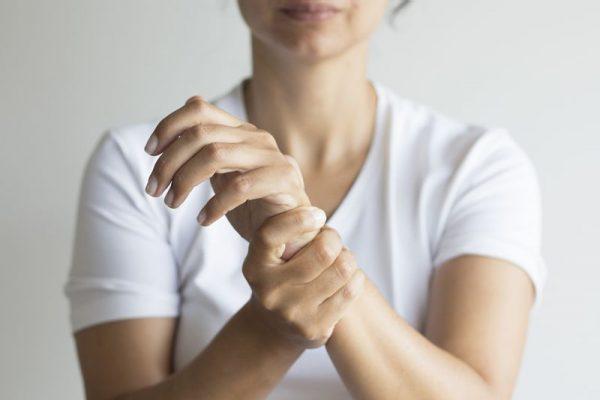 درد مفاصل؛ علل، نشانه ها، تشخیص و درمان درد مفاصل