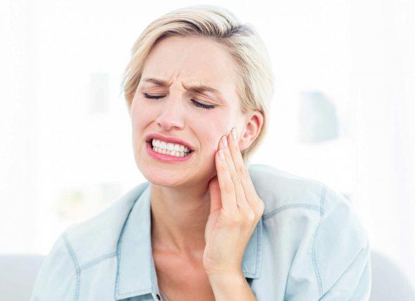 کیست عفونی دهان