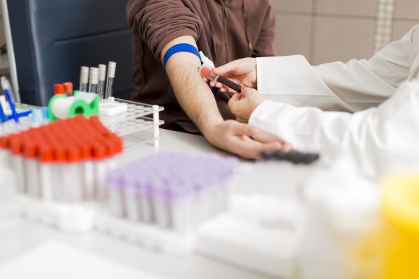 انواع بیماری هپاتیت + علائم، تشخیص، درمان و تغذیه مناسب