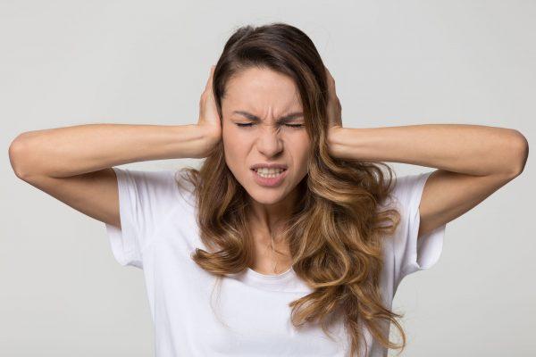 درمان تومور عصب شنوایی (نوروم آکوستیک) و راه های پیشگیری