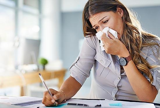 علائم احتقان یا گرفتگی بینی چیست؟ + روش های درمان آن