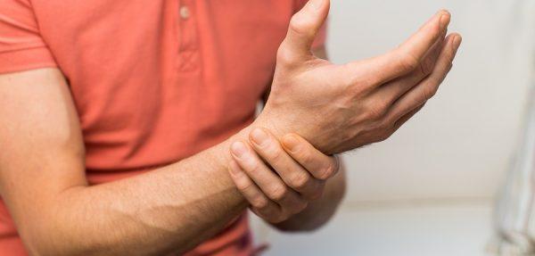 درد مچ دست؛ علل، علائم، پیشگیری و درمان درد مچ دست