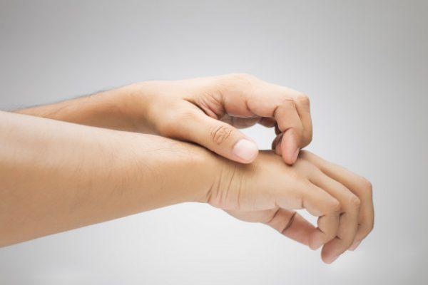 قارچ های پوستی؛ علائم، نشانه ها، تشخیص و درمان