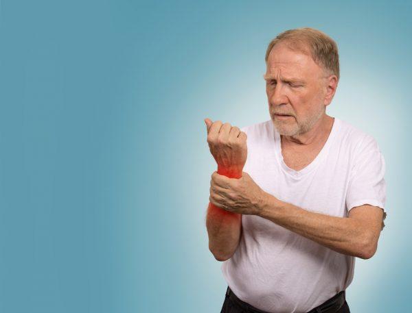 بیماری نقرس؛ عوامل خطر، علائم و درمان بیماری نقرس
