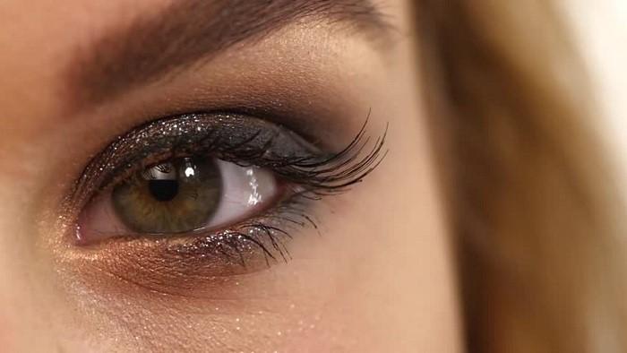 آشنایی با انواع سایه چشم