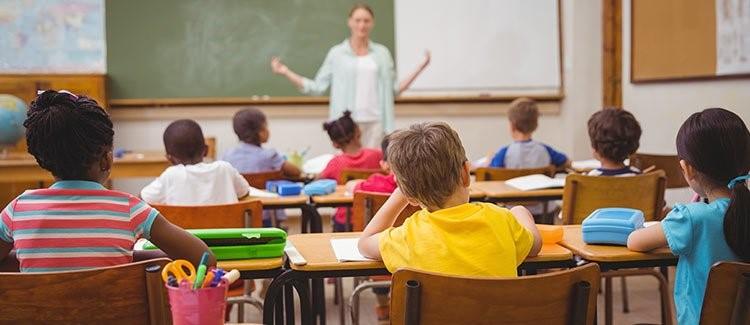 تأثیرات کم شنوایی بر موفقیت تحصیلی دانش آموزان