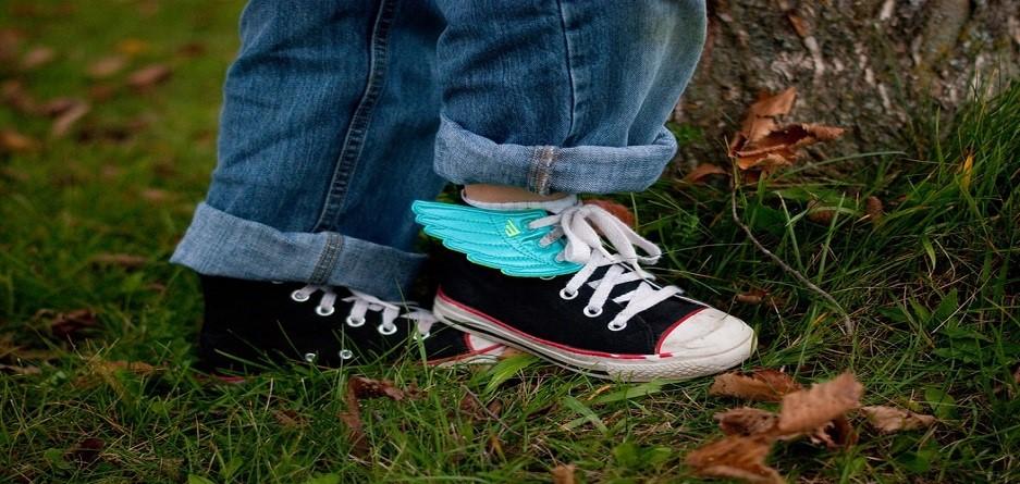 چند جفت کفش برای یک پسر بچه نوجوان نیاز است؟