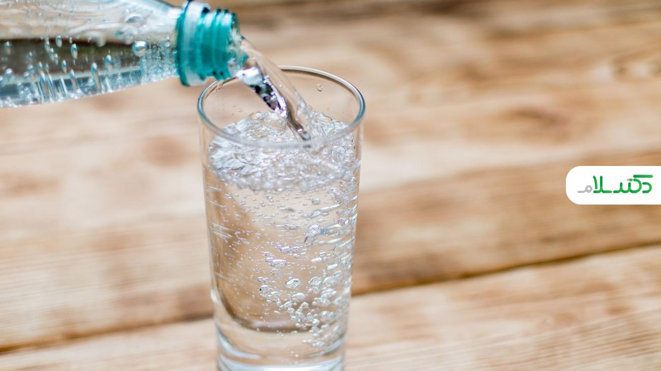 آیا نوشیدن آب گازدار، خوب است یا بد؟