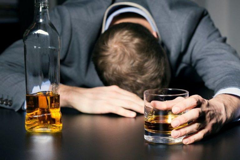 عوارض کوتاه مدت و بلند مدت مصرف الکل